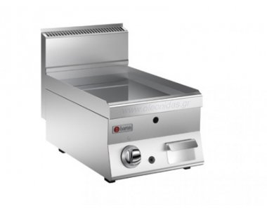 GAS GRIDDLE WITH SMOOTH PLATE